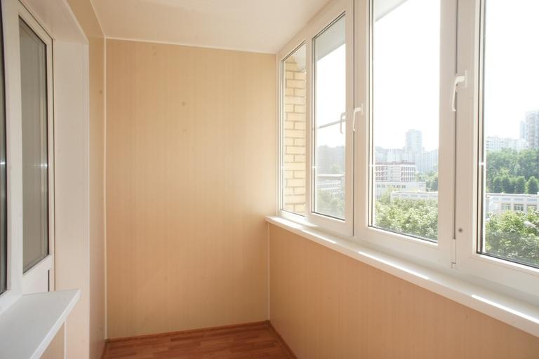 Отделка балкона внутри панелями ПВХ